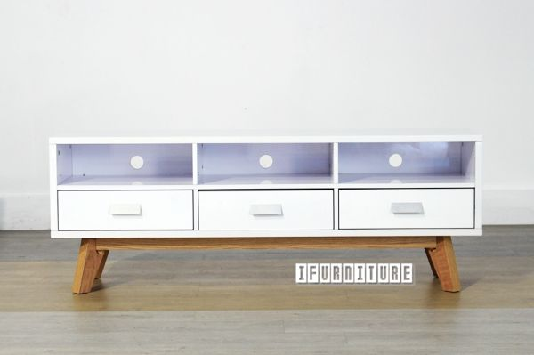 Picture of COPENHAGEN Solid Oak High Gloss 150 TV Unit