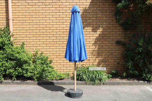 Picture of BALI Solid Teak Frame 3m Umbrella *Light Blue