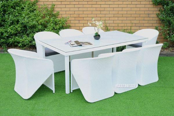 Picture of Veneto 9 PC Outdoor Dining Set *Aluminium Frame