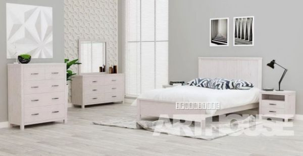 Picture of Mornington Bedroom Combo in Queen * Mindi Wood